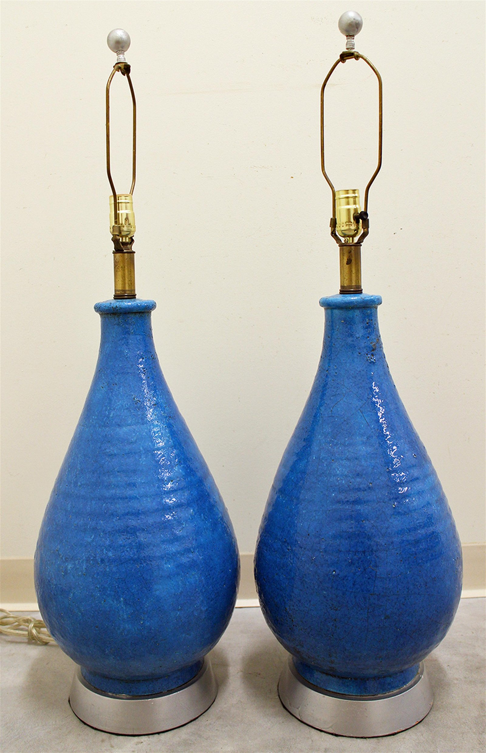 (2) MID CENTURY MODERN TURQUOISE STONEWARE LAMPS