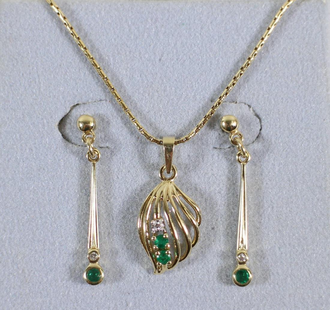 14K GOLD EMERALD & DIAMOND NECKLACE EARRINGS SET