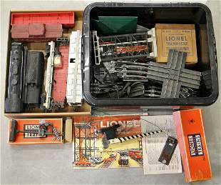 1950's VINTAGE LIONEL TRAINS & ACCESSORIES