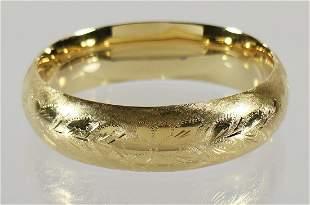 VINTAGE 14K ETCHED GOLD BANGLE BRACELET
