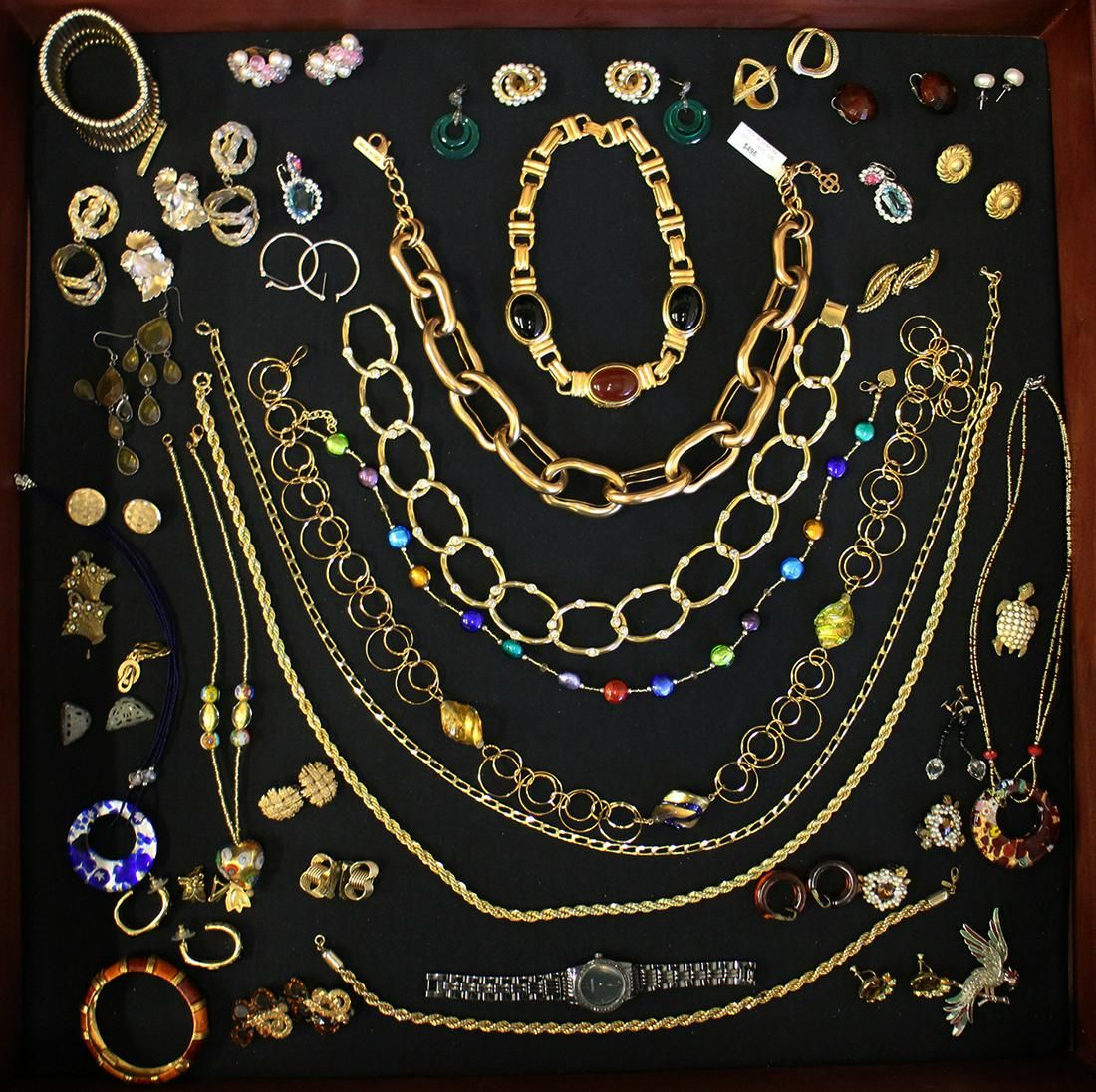 VINTAGE COSTUME JEWELERY COLLECTION