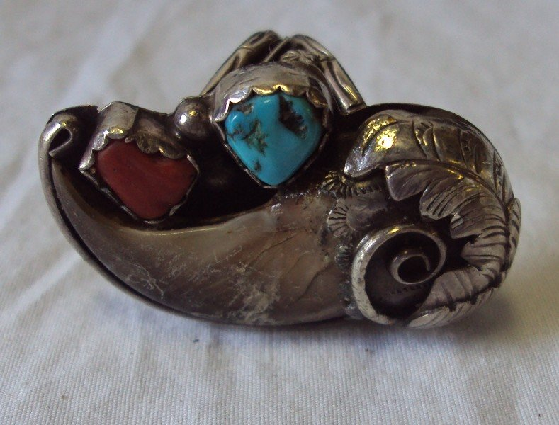 15: Vintage Navajo Sterling Ring * Turquoise  Bear Claw