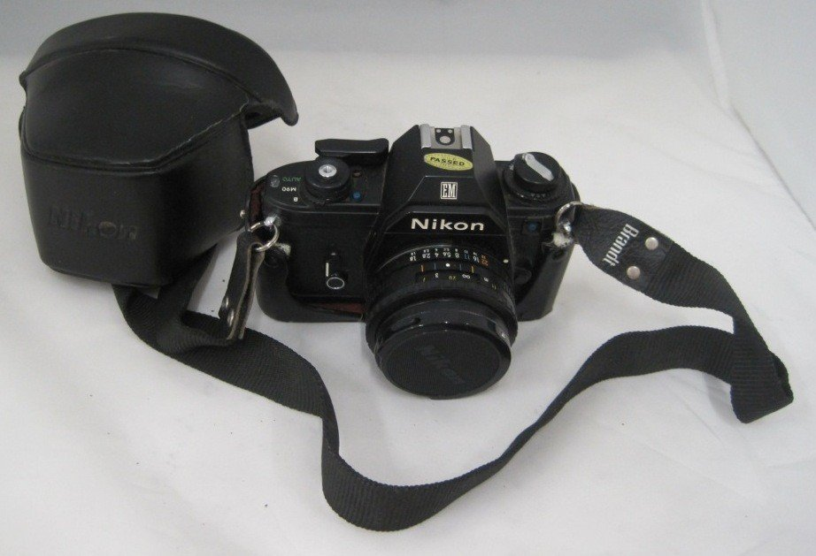 197A: Nikon EM M90 Camera w/ 50MM Lens
