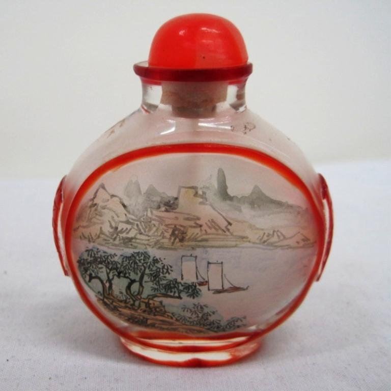 109: SNUFF BOTTLE - REVERSE GLASS PAINTED