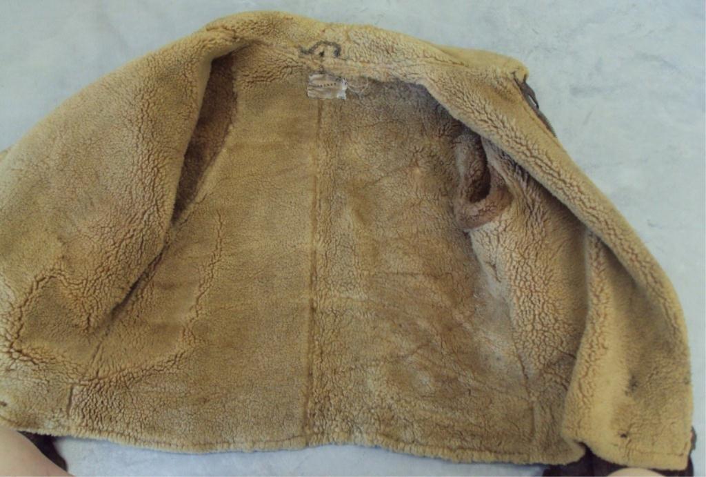 195A: WWII IRVIN SHEEPSKIN BOMBER JACKET - 4