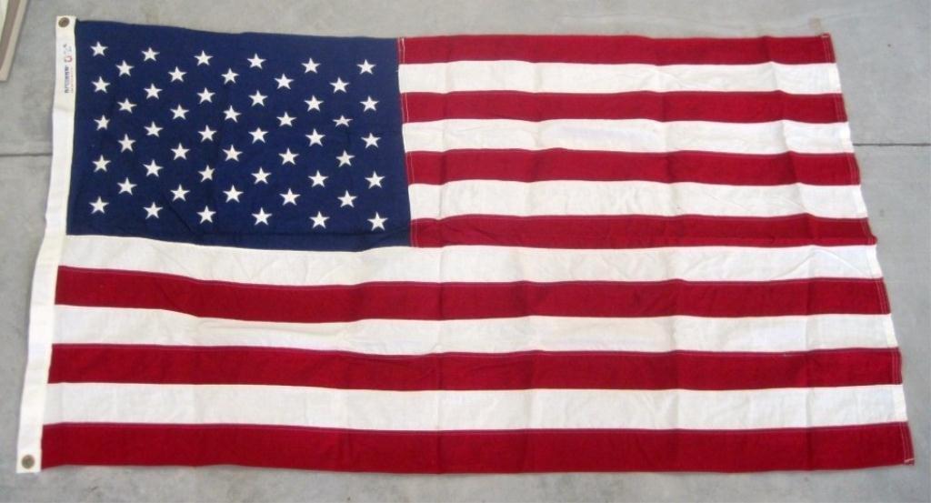 23: BULL-DOG U.S. FLAG FLOWN OVER U.S. CAPITOL