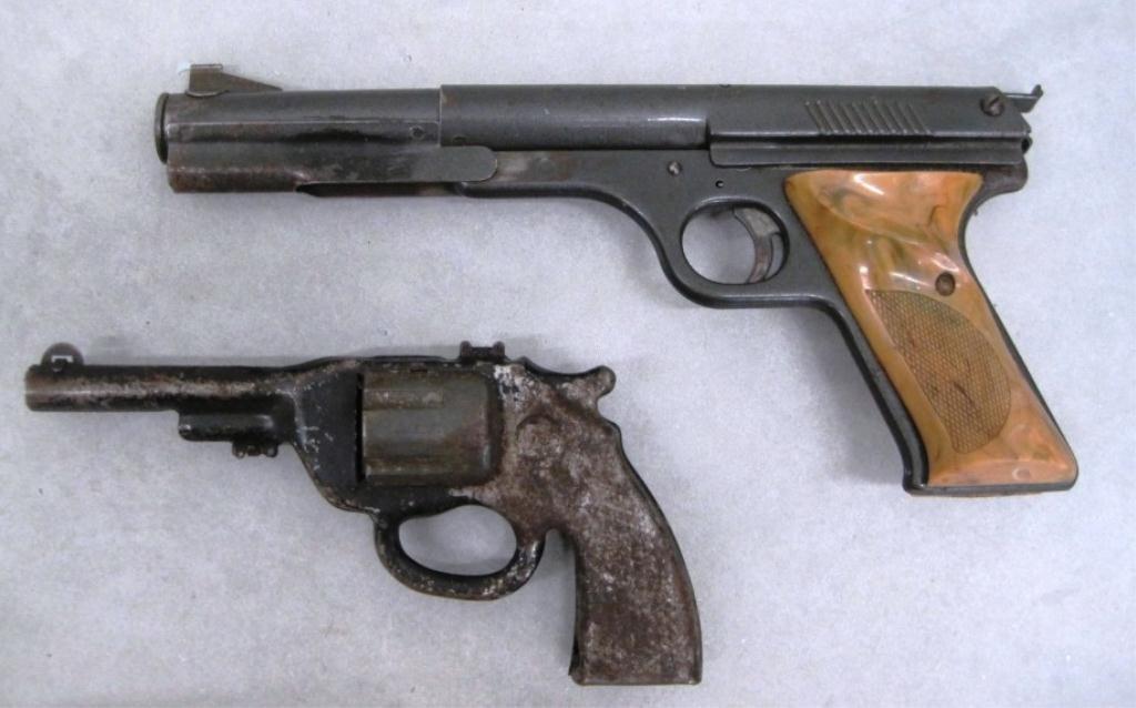 110: DAISY NO. 177 PELLET GUN & CAST IRON TOY GUN