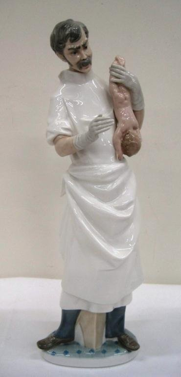 LLADRO OBSTETRICIAN SIGNED 4763
