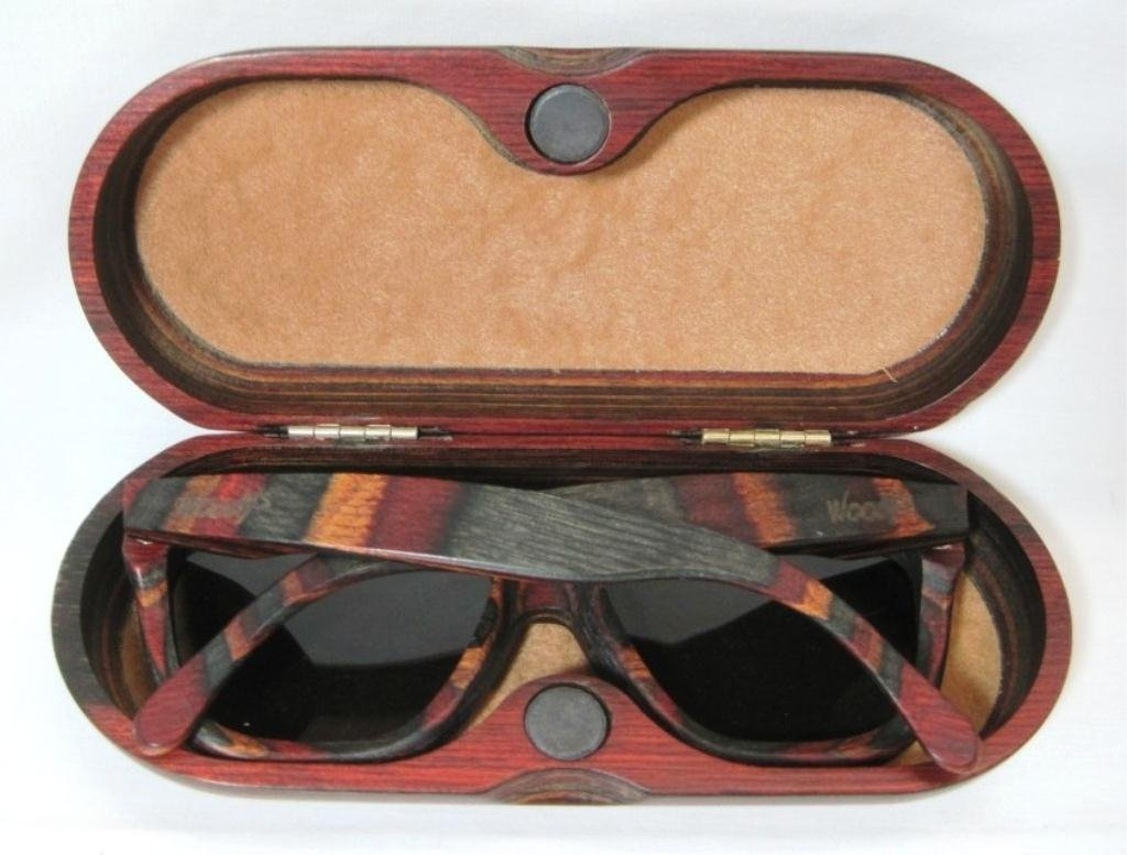 WOODY'S SUNGLASSES AND CASE