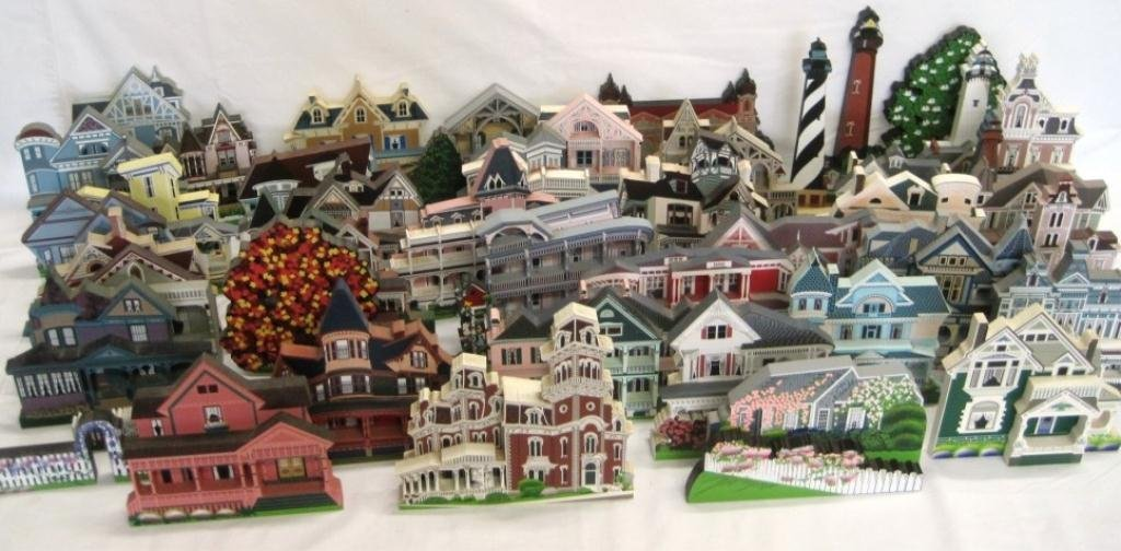 SHEILA'S COLLECTIBLE HOUSE COLLECTION - 44 HOUSES - 4