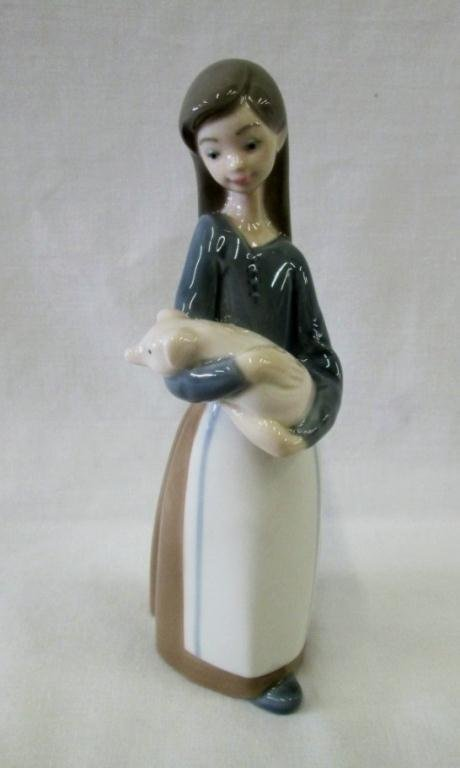 LLADRO GIRL WITH PIG