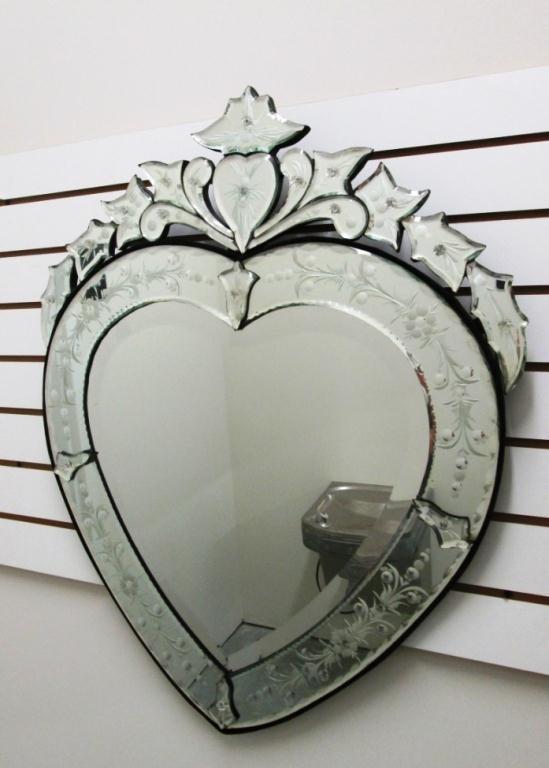 HEART SHAPED VENETIAN MIRROR - 2