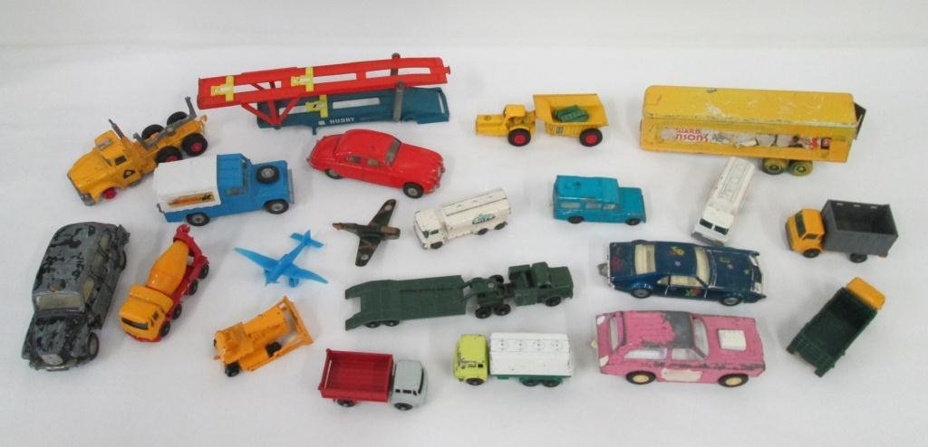 VINTAGE TOY CAR COLLECTION