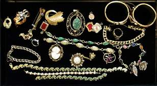 VINTAGE VICTORIAN GOLD JEWELRY LOT