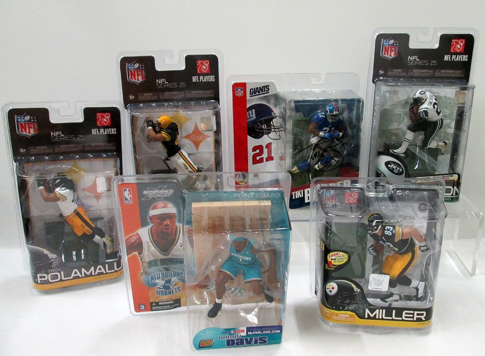 MCFARLANE SPORTS FIGURES COLLECTION