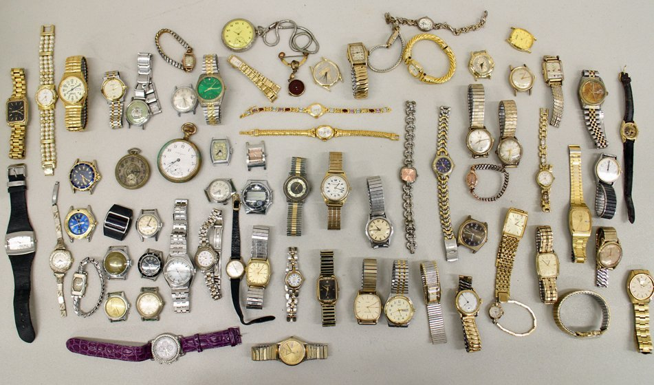 LARGE WATCH COLLECTION