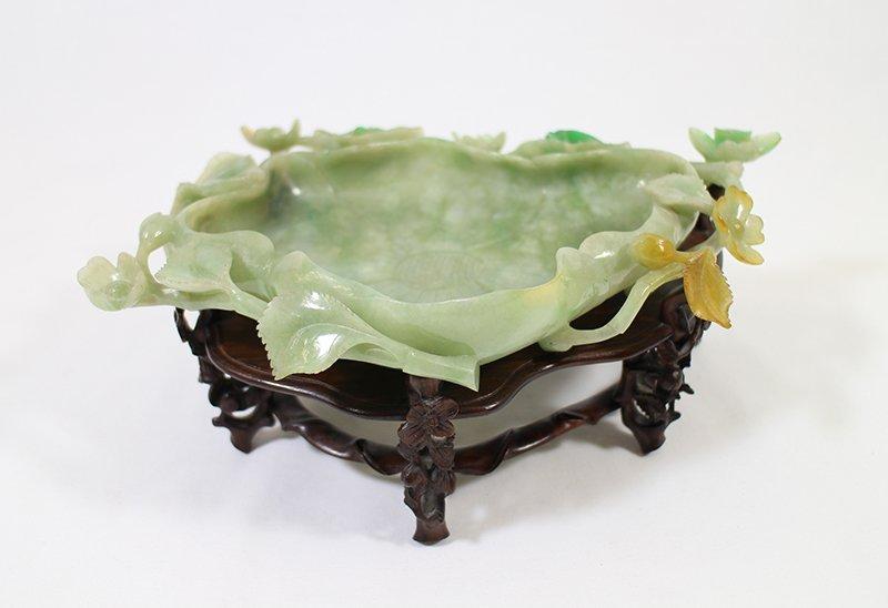 CHINESE GREEN JADE LOTUS BOWL