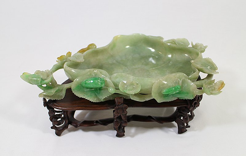 CHINESE GREEN JADE LOTUS BOWL - 3