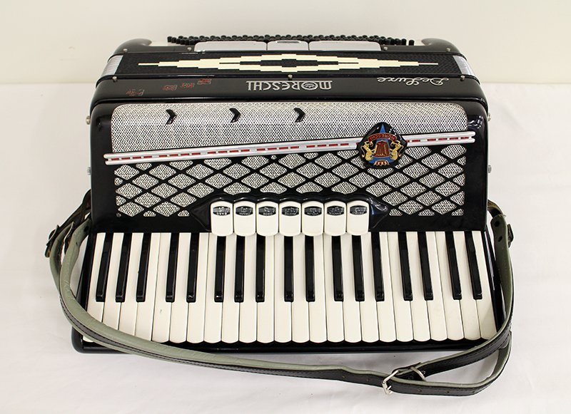 MORESCHI ACCORDION