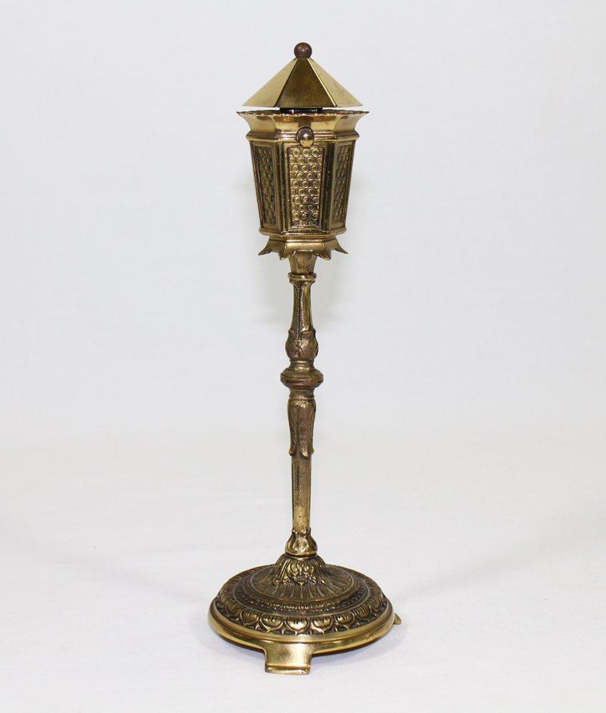 VINTAGE STREET LAMP TABLE LIGHTER