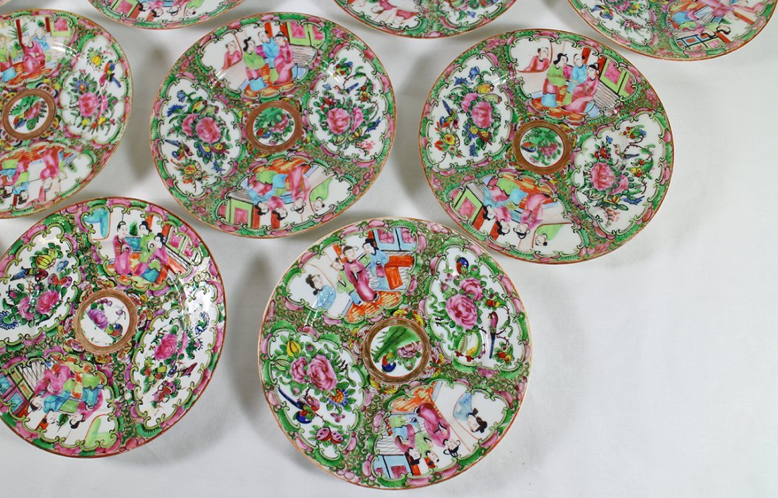 (10) 19TH CENT. CHINESE ROSE MEDALLION PLATES - 2