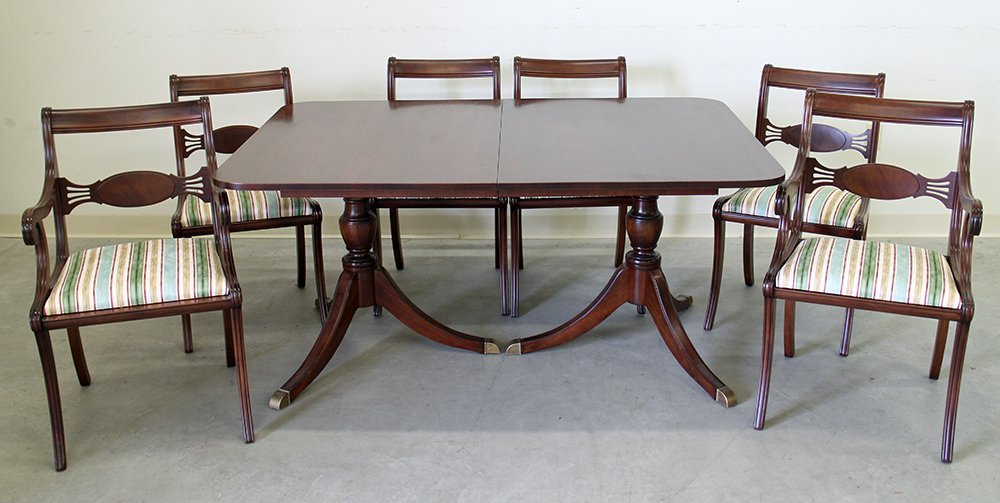 DUNCAN PHYFE STYLE DINING TABLE & CHAIRS