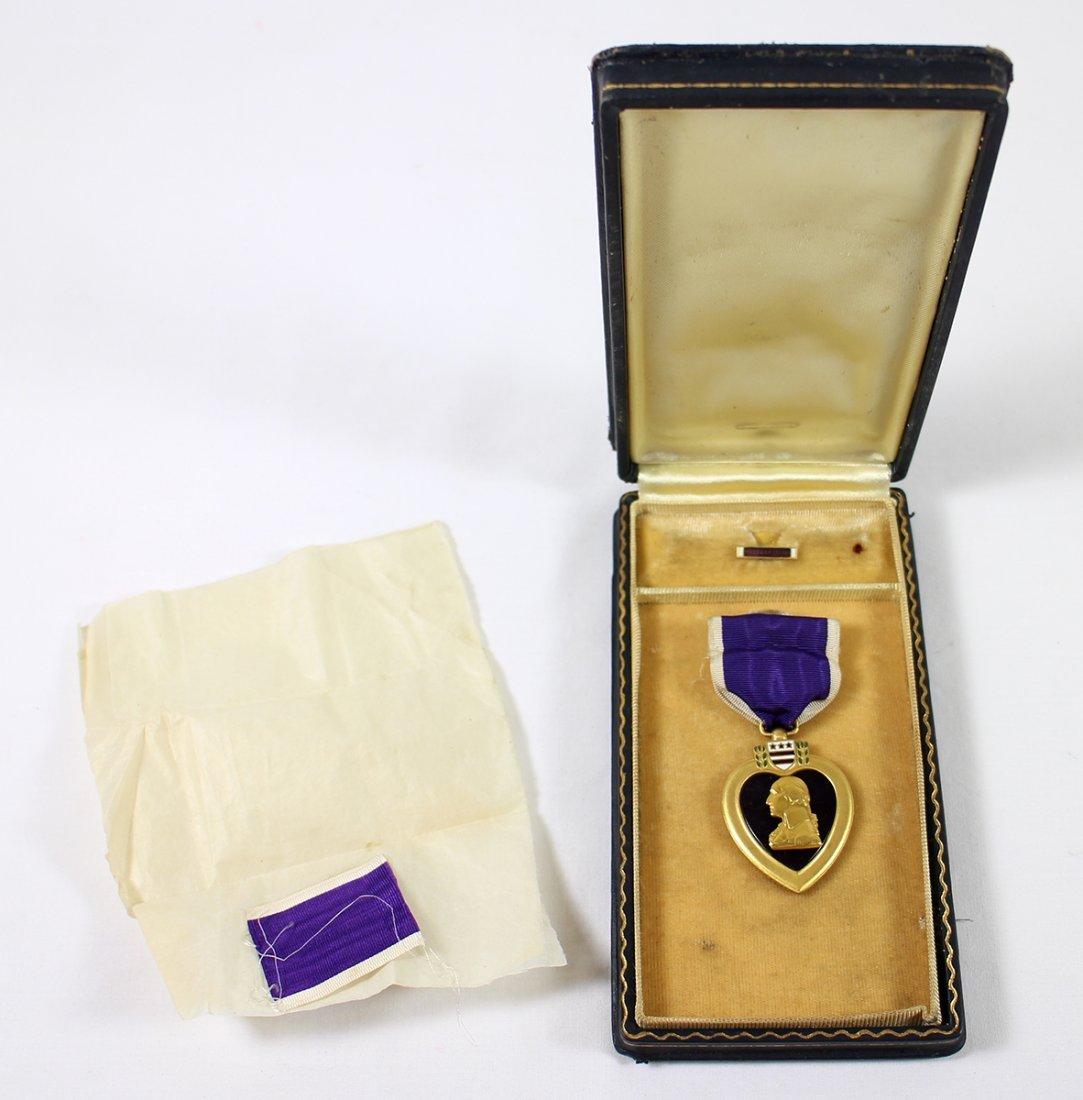 WWII PURPLE HEART MEDAL W/ BOX