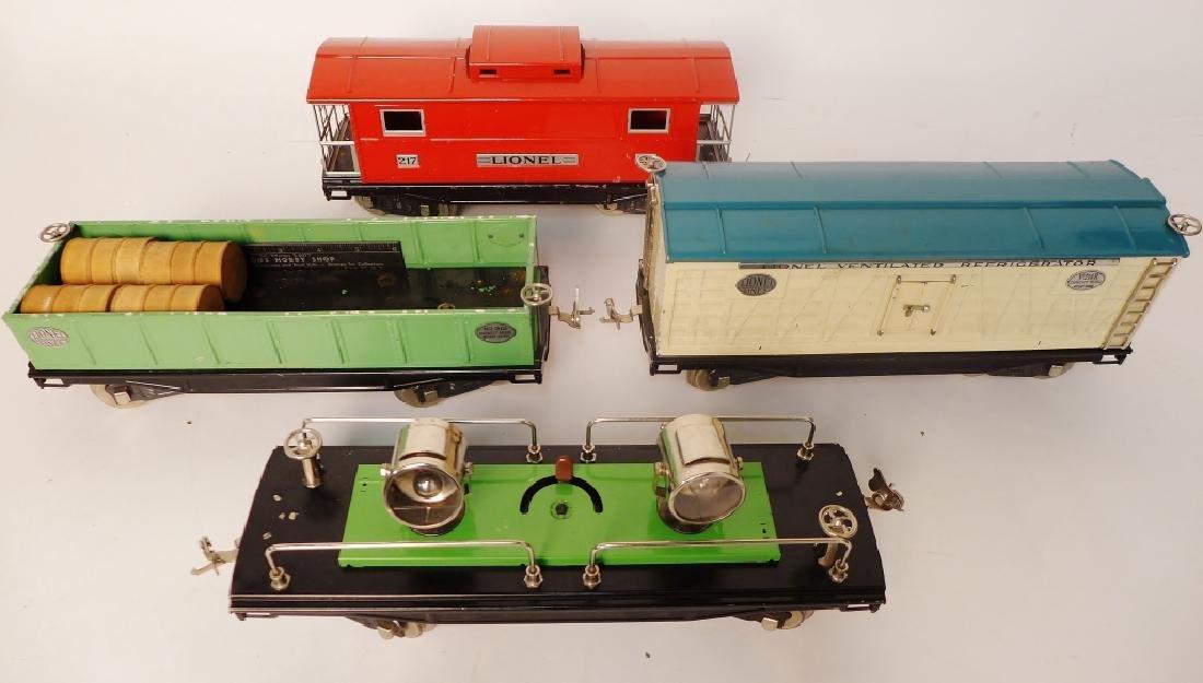 Vintage Lionel Trains Cars 212, 217, 214R, 220