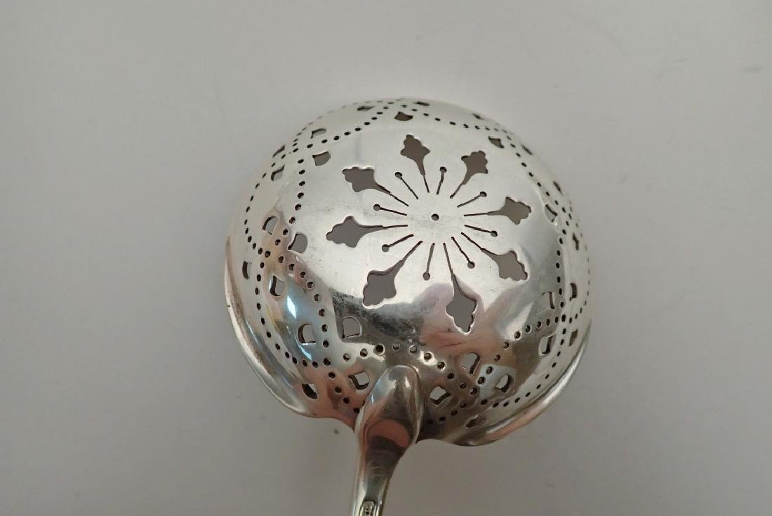 Faneuil Tiffany Sterling 2 Pierced Serving Spoons - 9