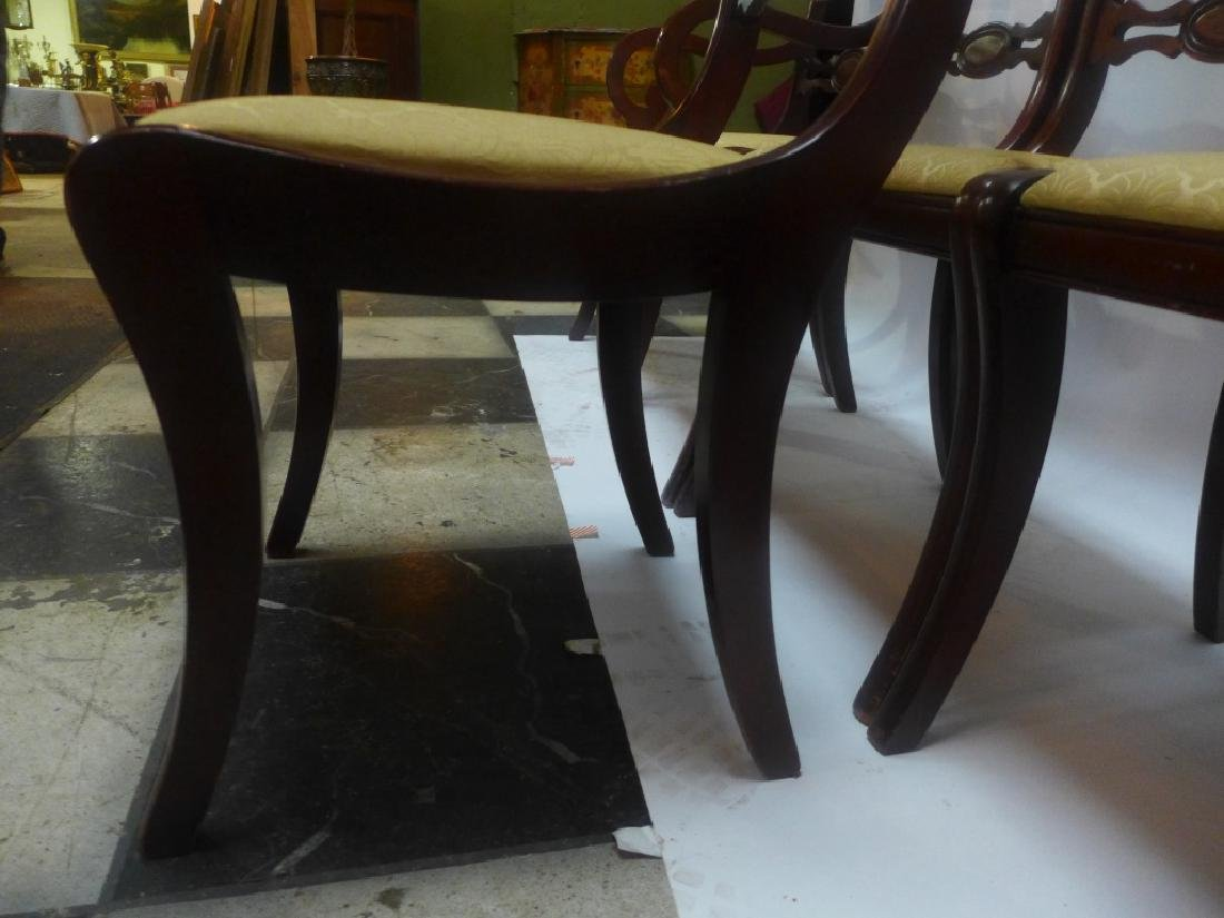 Mahogany Table W/ Leaves & Chairs - 6