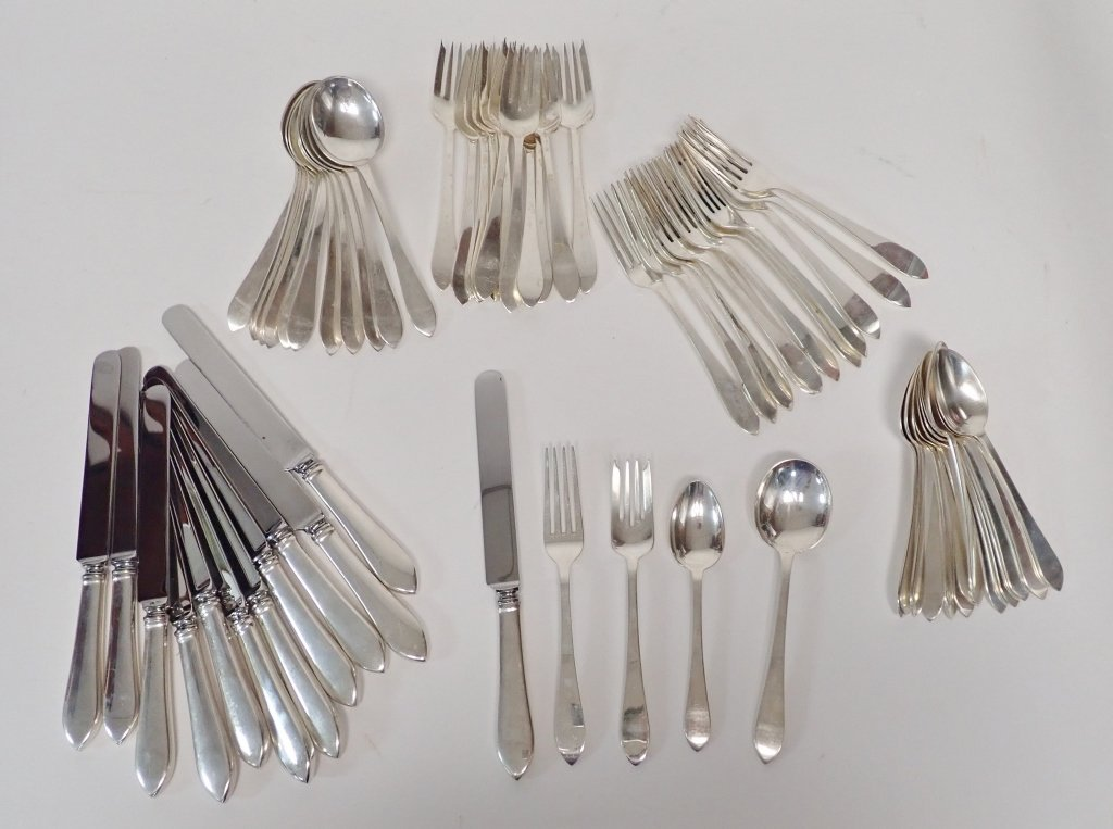 Tiffany & Co. Faneuil Flatware, 60 Pieces