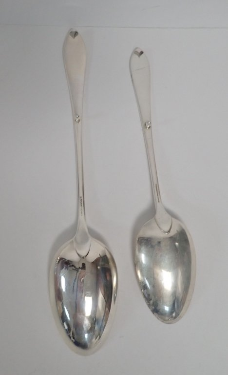 Tiffany & Co. Serving Spoon Pair in Faneuil - 10