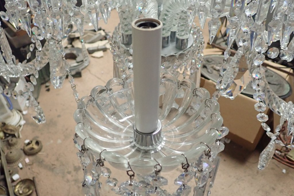 Magnificent Crystal 12 Arm Chandelier - 6