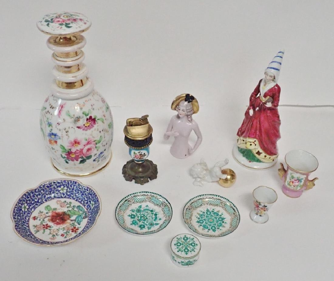 Porcelain Decorative Accessory Grouping