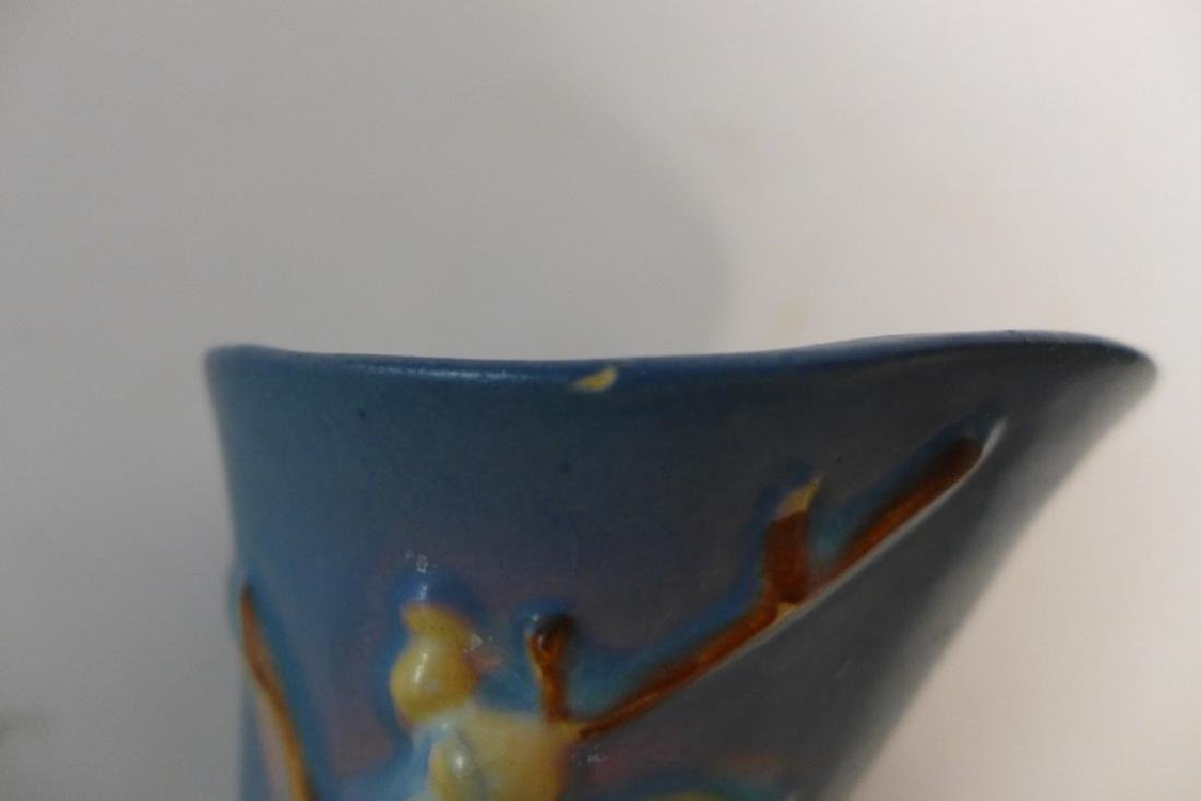 Roseville Blue Snowberry Cornucopia Vase - 9