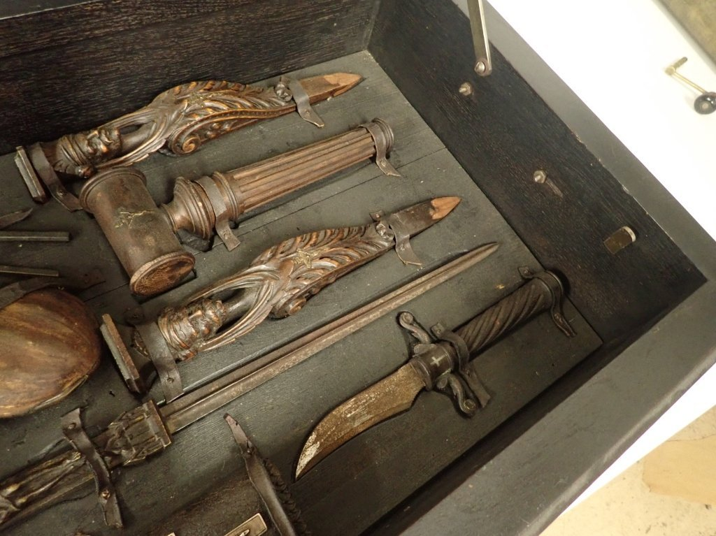 Vampire Hunting Kit in Hand Painted Box - 5
