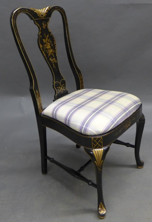 Lovely black lacquered side chair with gilt painted acc - 2