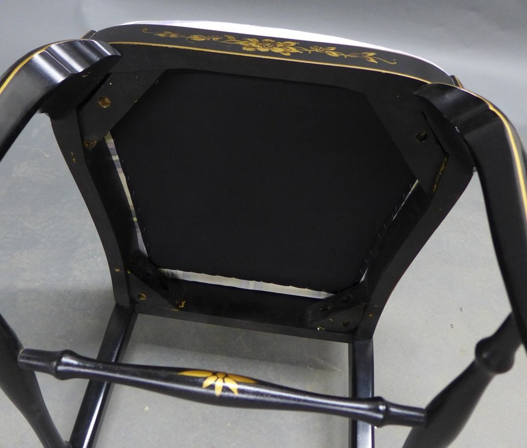 Lovely black lacquered side chair with gilt painted acc - 8