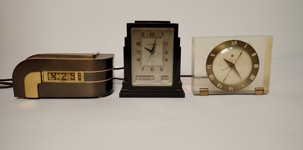 Lot of Three Vintage Electronic Clocks