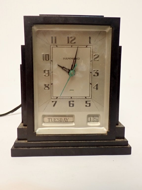 Lot of Three Vintage Electronic Clocks - 7