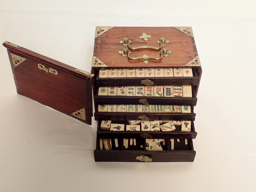 Mahjong Set with Wooden Box
