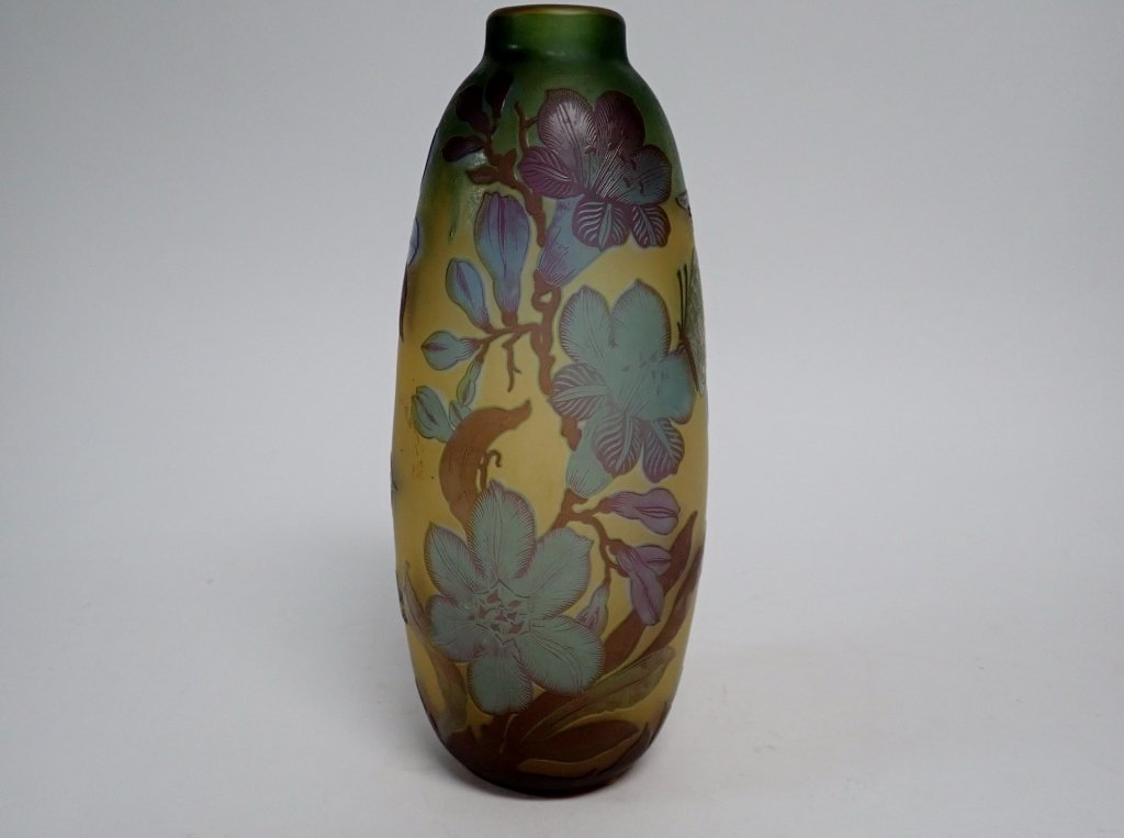 Cameo Glass Style Vase Signed M.D. Mann - 2