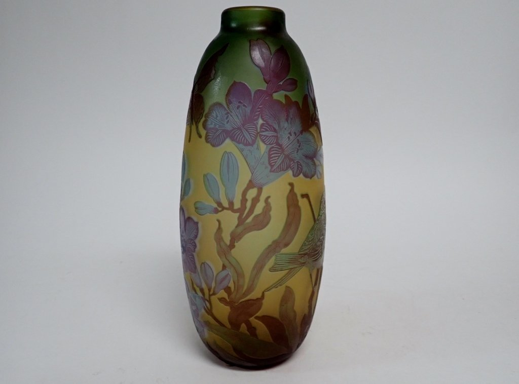 Cameo Glass Style Vase Signed M.D. Mann - 4