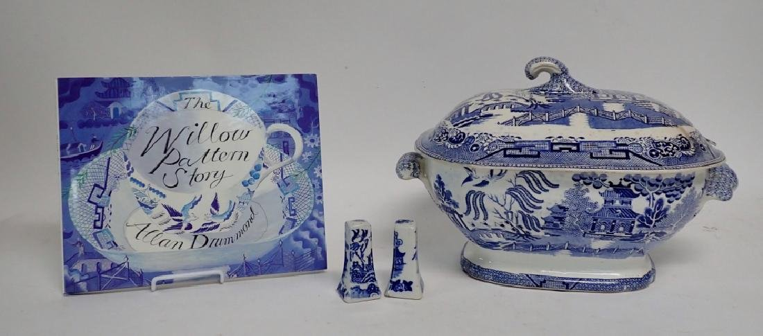 Blue Willow Soup Tureen, Shaker Set and Book