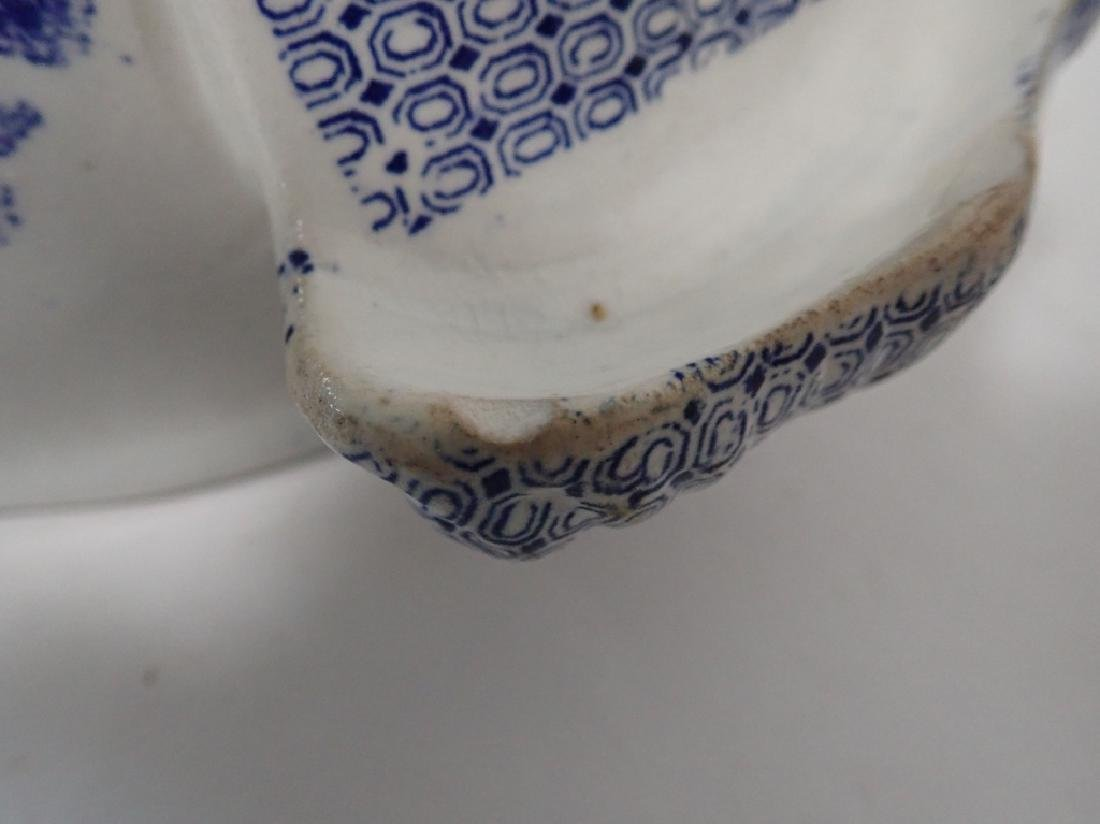Blue Willow Soup Tureen, Shaker Set and Book - 4