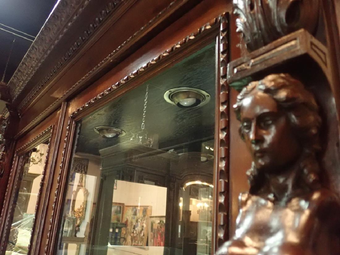 Renaissance Revival Carved Curio Cabinet - 10