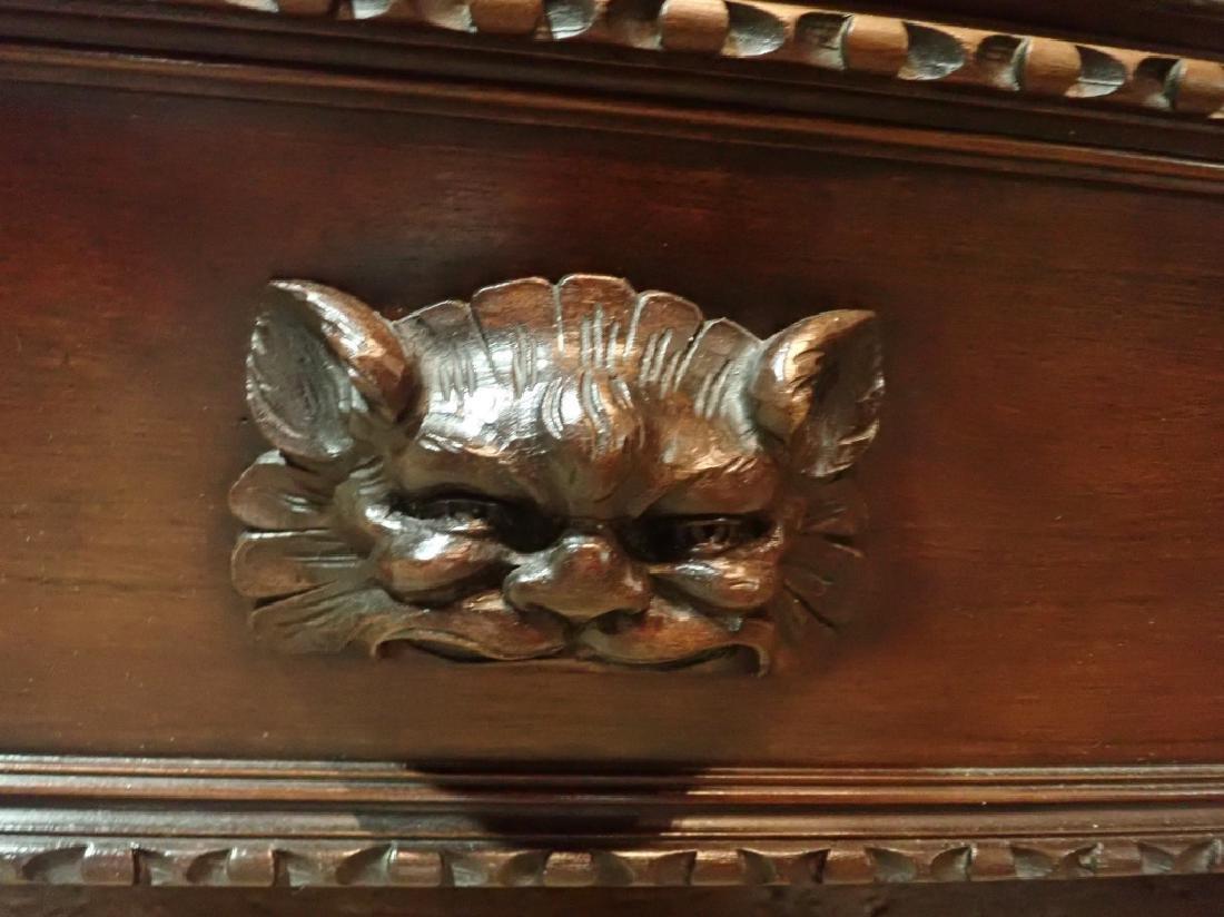 Renaissance Revival Carved Curio Cabinet - 9