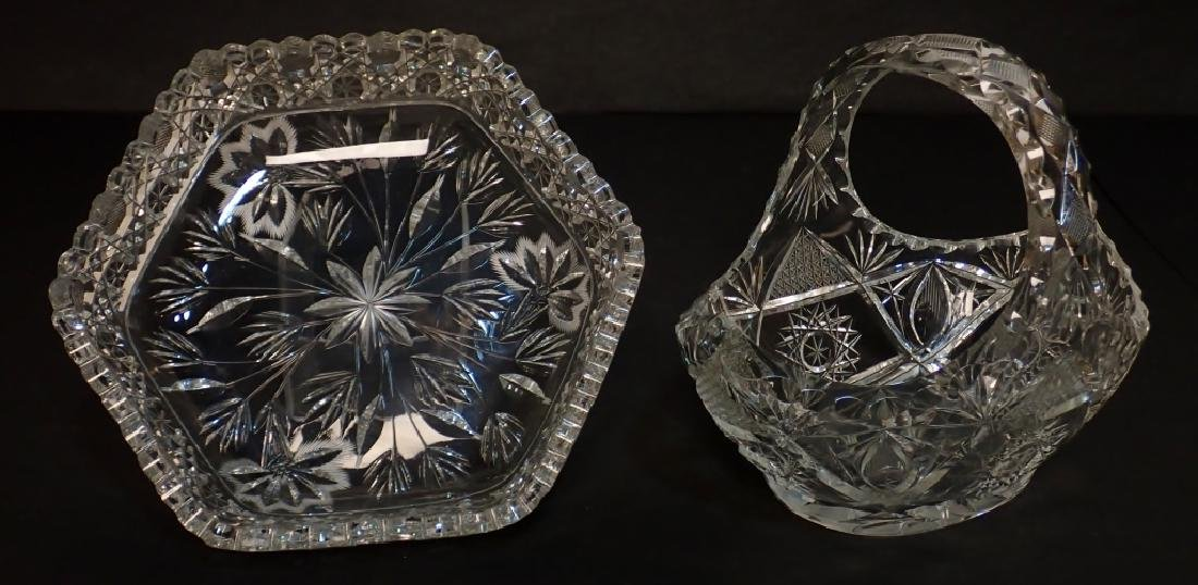 Grouping of Mixed Cut Crystal Vessels - 10