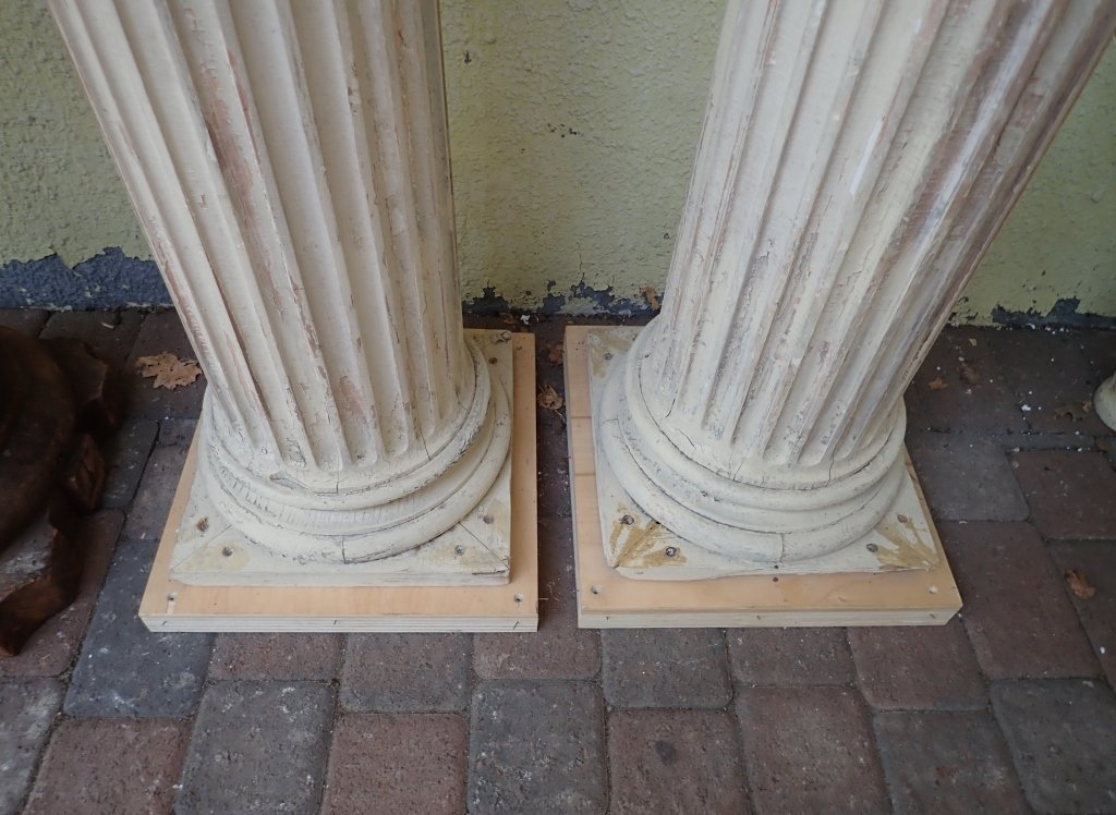 2 Pairs of Carved Wood Pillars - 4