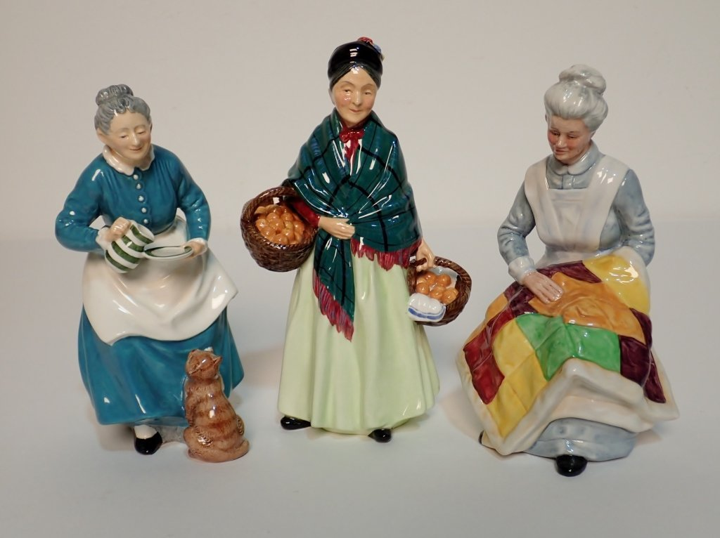 Mixed Grouping of Royal Doulton England Figurines - 4